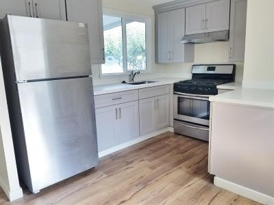 Rohnert Park Mobile Home For Sale: 195 Walnut Circle #195