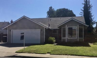 Suisun City Single Family Home For Sale: 1713 Ventura Way