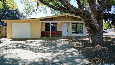 Napa County Single Family Home For Sale: 1633 Carol Drive