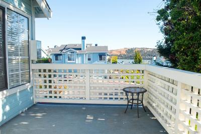 Vallejo Condo/Townhouse For Sale: 100 Little River Court #2