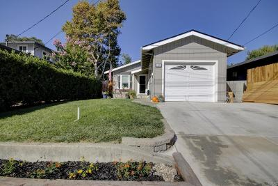 Martinez Single Family Home For Sale: 1033 Vine Avenue