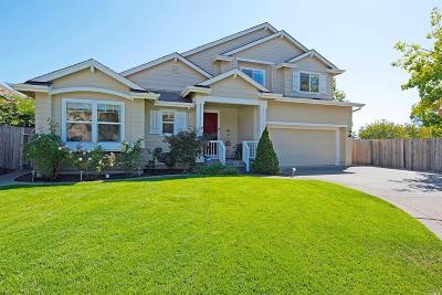 Santa Rosa Single Family Home For Sale: 1321 Zachery Place