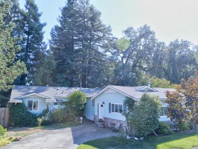 Cloverdale Single Family Home For Sale: 615 Antonio Street