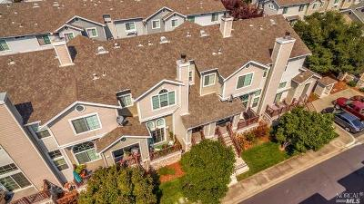 Benicia Condo/Townhouse For Sale: 474 East E Street