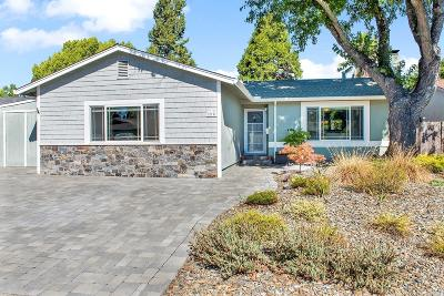 Healdsburg Single Family Home For Sale: 219 Fuchsia Way