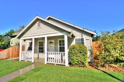 Winters Single Family Home For Sale: 209 Blue Oak Lane