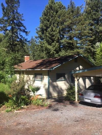 Guerneville CA Single Family Home Contingent-Show: $475,000