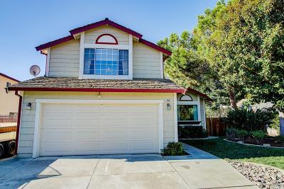 Vacaville Single Family Home For Sale: 400 Killingsworth Circle