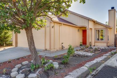 Vacaville Single Family Home For Sale: 836 Turquoise Street