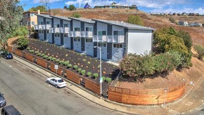 Vallejo Multi Family 5+ For Sale: 102 Avian Drive