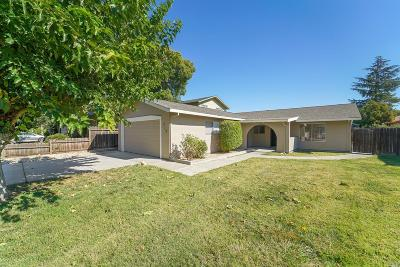 Suisun City Single Family Home For Sale: 718 Whispering Bay Lane