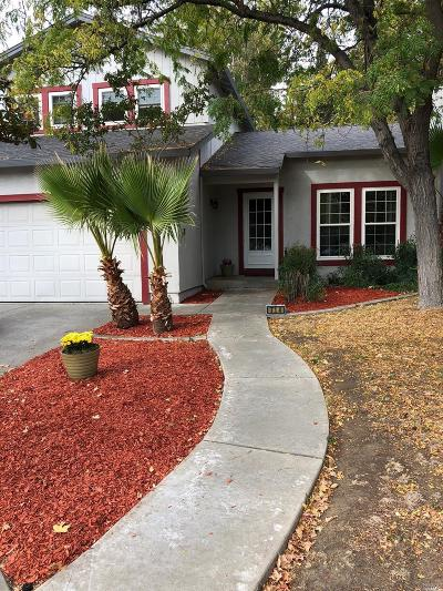 Vacaville Single Family Home For Sale: 714 Saint Andrews Drive
