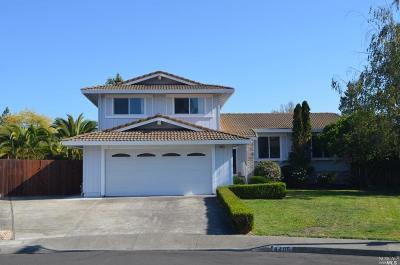 Rohnert Park Single Family Home For Sale: 4406 Hedge Court
