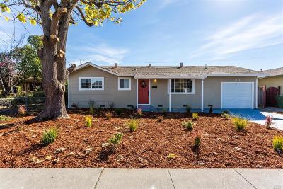 Petaluma Single Family Home For Sale: 1174 Ramona Lane