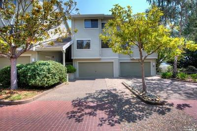 Mill Valley Condo/Townhouse For Sale: 40 Eucalyptus Knoll Street