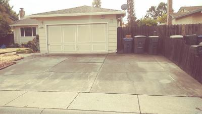 Suisun City Single Family Home Contingent-Show: 329 Canvasback Drive