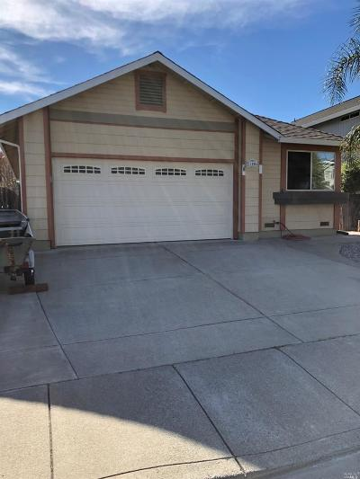 Vacaville Single Family Home For Sale: 1235 Cinnabar Way