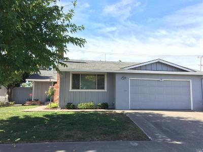 Vallejo Single Family Home For Sale: 1315 Roleen Drive