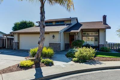 Benicia Single Family Home For Sale: 320 Panorama Court