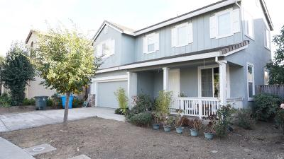 American Canyon Single Family Home For Sale: 35 White Oak Drive