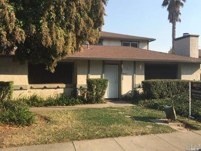 Vacaville CA Condo/Townhouse For Sale: $165,000