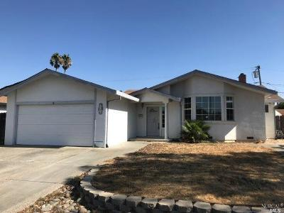 Solano County Single Family Home For Sale: 2016 Starling Way