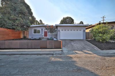 Vallejo Single Family Home For Sale: 127 San Gorgonio Avenue