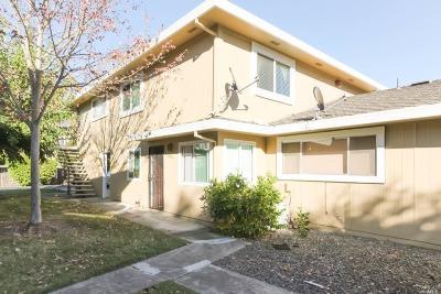 Condo/Townhouse For Sale: 2474 Plata Court