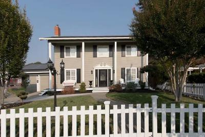 Santa Rosa Single Family Home For Sale: 3637 Hacienda Drive
