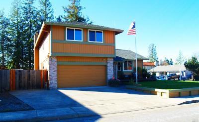 Santa Rosa Single Family Home For Sale: 5421 Cassandra Way