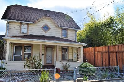 Healdsburg Single Family Home For Sale: 218 Lincoln Street