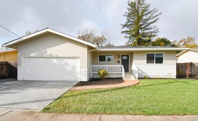 Santa Rosa Single Family Home For Sale: 2033 Mission Boulevard
