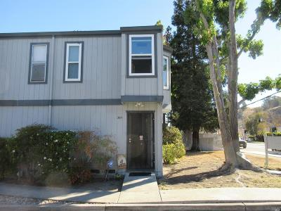 Contra Costa County Condo/Townhouse For Sale: 3911 Pacheco Boulevard