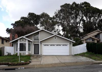 Vallejo Single Family Home For Sale: 590 Starfish Drive