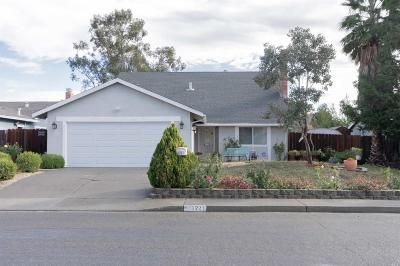 Suisun City Single Family Home For Sale: 1221 Humphrey Drive