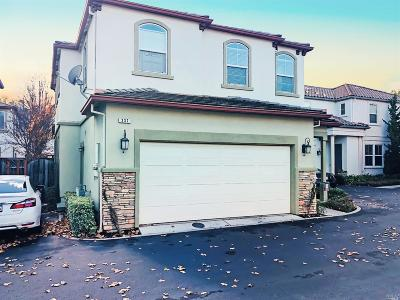 Vacaville CA Single Family Home Contingent-Show: $437,500