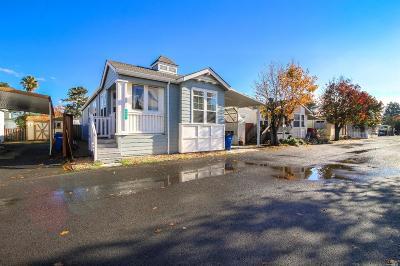 Petaluma Mobile Home For Sale: 300 Stony Point Road #406, 406