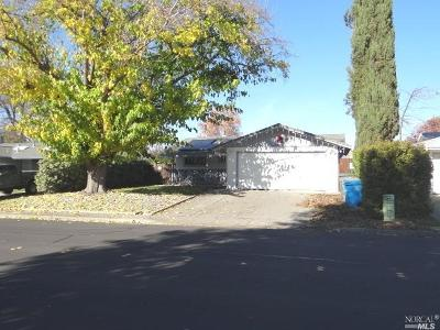 Vacaville Single Family Home For Sale: 449 Beelard Drive