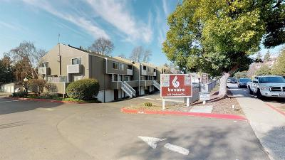 Vallejo Condo/Townhouse For Sale: 165 Oddstad Drive #57