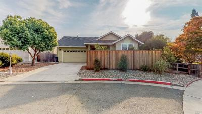 Santa Rosa Single Family Home For Sale: 981 Lodi Street