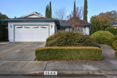 Vacaville Single Family Home For Sale: 1944 Tanglewood Lane