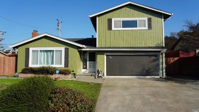 Vallejo Single Family Home For Sale: 468 Rollingwood Drive