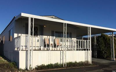 Petaluma Mobile Home For Sale: 300 Stony Point . Road #251, 251