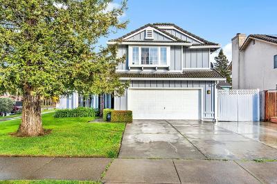 Santa Rosa Single Family Home For Sale: 1202 Trombetta Street
