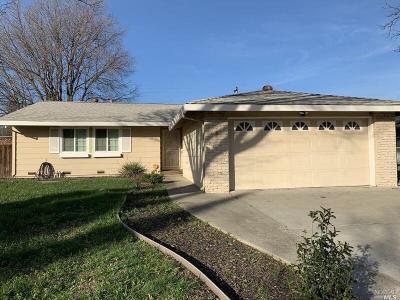 Fairfield Single Family Home For Sale: 276 Dahlia Street