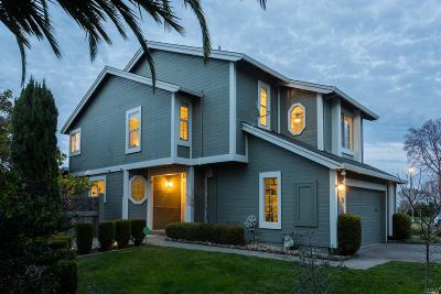 Marin County Single Family Home For Sale: 9 Hingham Cove