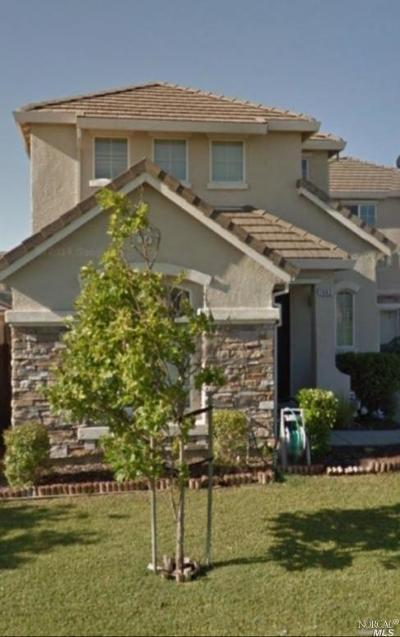 Suisun City Single Family Home For Sale: 1663 Vandenberg Circle