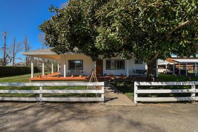 Santa Rosa Single Family Home For Sale: 4050 Cervantes Road