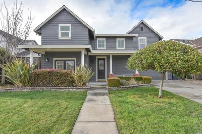 Petaluma Single Family Home For Sale: 1811 Hartman Lane