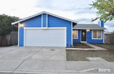 Vallejo Single Family Home For Sale: 110 Pueblo Way